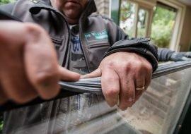 glas rubber plaatsen